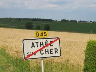 À la sortie d'Athée-sur-Cher